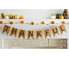 Create a quick Thanksgiving decoration with our free printable banner. All you'll need is some brown kraft paper and thick twine to hang it. Use it as part of your fall mantel decor or hang it above your dining room table. Easy Thanksgiving Crafts, Easy Fall Crafts, Thanksgiving Parties, Thanksgiving Table, Thanksgiving Decorations, Holiday Crafts, Holiday Ideas, Diy Crafts, Free Printable Banner