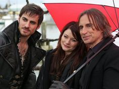 Once Upon Time - I just love this show! I wanna live in Storybrooke!