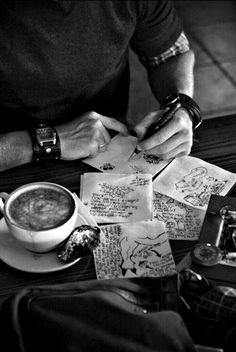 Estilo Dandy, Make Your Own Bracelet, Unique Gifts For Men, Book Aesthetic, Trending Topics, Black And White Photography, Color Splash, Writing Photos, Aesthetics