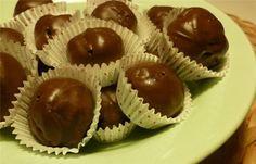 νηστισιμα σοκολατάκια με χαλβά και ταχίνι | χαλβά βανίλια, ταχίνι, καρύδια, μπισκότα, κουβερτούρα, πορτοκάλι,κονιάκ ή λικέρ