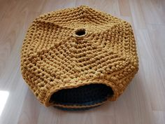 Crochet Pet Cave Eco-Friendly Warm Cat Puppy Bed Modern   Etsy Crochet Pet, Crochet For Boys, Crochet Animals, Pet Beds, Puppy Beds, Dog Bed, Cave, Eco Friendly, Toy Storage Baskets