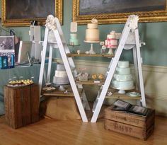 The Boutique Market ~ Display Ideas using up cycled ladders Bake Sale Displays, Market Displays, Store Displays, Craft Stall Display, Display Case, Display Ideas, Bussines Ideas, Craft Stalls, Candle Store