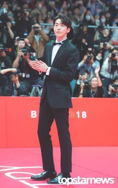 181004 Nam Joo Hyuk at the Busan International Film Festival red carpet Ji Soo Nam Joo Hyuk, Joon Hyuk, Handsome Asian Men, Handsome Boys, Korean Men, Korean Actors, Nam Joo Hyuk Lockscreen, Bride Of The Water God, Kim Young