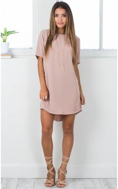Casual Dress Ideas for Women to Look Chic Every Day ★ Beautiful Casual Dresses, Simple Dresses, Sexy Dresses, Cute Dresses, Cute Outfits, Casual Dress Outfits, Elegant Dresses, Work Dresses, Formal Dresses