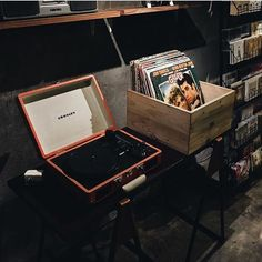 Calling for all vinyl seekers! Only for this month we have special offers for all vinyl collections. So, come and pick one what you love ❤ photo by @carolinewijaya_