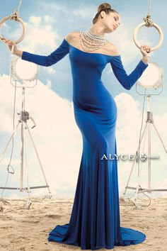 Claudine Prom Evening Dresses by Alyce length jersey/tulle gown with a gorgeous beaded pearl neckline Glamorous Evening Gowns, Evening Dresses, Prom Dresses Long With Sleeves, Formal Dresses, Hoco Dresses, Cleopatra Dress, Designer Prom Dresses, Tulle Gown, Dress Backs