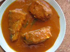 Fried Fish Recipes, Seafood Recipes, Indian Food Recipes, Ethnic Recipes, Kerala Fish Curry, Indian Cookbook, Kanyakumari, Vegetable Stew, India Food