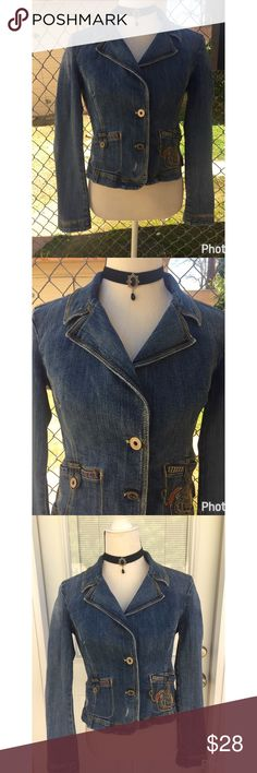 "DKNY Super Cool 😎 Jean Jacket 😍😎 Really nice semi distressed  2 button jacket. Nice embroidered left pocket pocket. Hook button on both pockets Just Super nice😎 bust 34 1/2"" sleeve inseam 17 1/2"" length from shoulder 19 1/2"". Let this be your cool jacket😎😍 DKNY Jackets & Coats Jean Jackets"