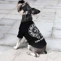 クロームハーツ 犬 tシャツ Chrome Hearts ドッグウェア Tシャツ ブラック 半袖 犬服 ストレート系 猫服 ブランド ペットウェア おしゃれ 個性☆ http://www.cozaka.com/goods/chrome-hearts-dog-t-shirt-171.html