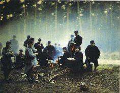 Beautiful old photo. Bivouac dans le champ de bataille de La Marne, 1914.