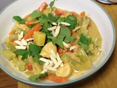 Freeze Your Way Fit: Clean Eating Coconut Almond Curry