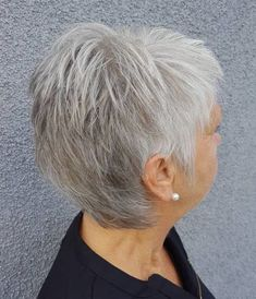 White-Grey-Pixie 2019 Short Haircuts for Older Women – Haircut Types Haircut For Older Women, Bob Haircuts For Women, Best Short Haircuts, Short Hair Cuts For Women, Short Hairstyles For Women, Short Hair Styles, Short Hair Over 50, Straight Hairstyles, Hairstyles Over 50