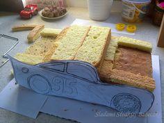 Tym razem wyzwanie było duże, bo tort miał być dla małego fana Zygzaka McQueena!! Nie bardzo wiem, co sobie myślałam zgadzając się na to... :) Czytaj dalej →