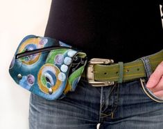 Travelers Belt Bag or Belt Tote or hipster bag or fanny pack sewing pattern
