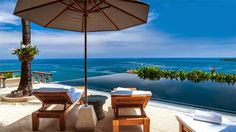 Thinking of a Father's Day gift? Surprise him with a luxury relaxation to the tropics! Villa Horizon, Phuket.