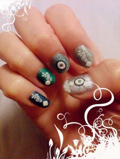 130612  2nd Version of my OCEANIC nails...