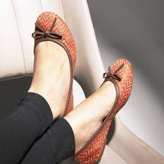c0605087c5  shoestockverao14  sapatilha  etnico  laranja  conforto   Ref  16.05.2187