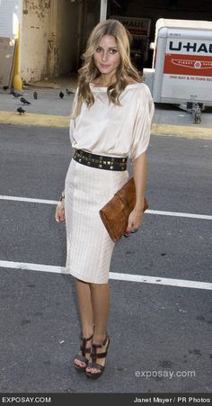pinned by bklyncontessa :: via elements of style blog :: fantastic clutch + gorgeous silk dress