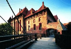 Malbork - The largest Medieval castle in Europe