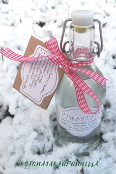Diy Presents, Diy Gifts, Diy Projects To Try, Gift Bags, Christmas Gifts, Gift Ideas, Bottle, Rose, Xmas Gifts