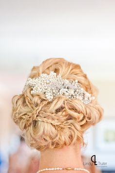 Bridal Hair by @Cecilia Börjesson - The Exquisite Look