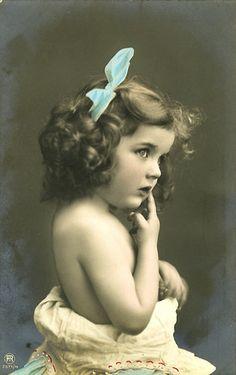 vintage photo.  Lookit this child's eyes!