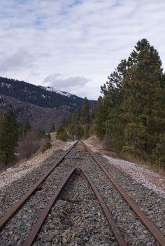 Railroad lines come to a point. | prolabdigital.com