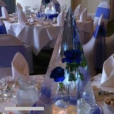 Frozen ice centrepiece for hire. Our centrepiece is perfect for christmas events.