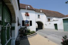 Feketeváros, Purbach am Neusiedler See (A) - 13 Austria, Explore, Mansions, World, House Styles, Heart, Travel, Home Decor, Viajes