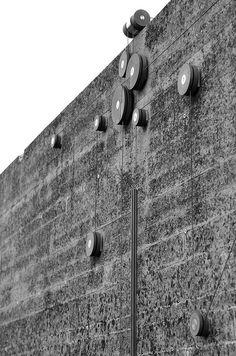 Contrapeso para pabellón de agua en la tumba Brion. Carlo Scarpa
