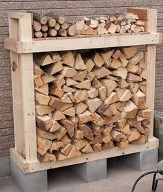 9 Super Easy DIY Outdoor Firewood Racks Check out these super easy DIY outdoor firewood racks. You can store your wood clean and dry and it allows you to buy wood in bulk, saving you money. Learn how to build a firewood rack today! Firewood Rack Plans, Outdoor Firewood Rack, Firewood Holder, Firewood Storage, Outdoor Storage, Diy Storage Rack, Storage Ideas, Storage Shelves, Diy Wood Countertops