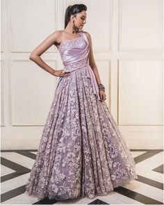 Find the breathtaking bridal wear collections by the most amazing Anita Dongre, Rahul Mishra and Tarun Tahiliani. Get latest bridal dress collection by most famous designers. Bridal Lehenga Collection, Dress Collection, Designer Sarees Wedding, Designer Dresses, Latest Bridal Dresses, Lehenga Choli Online, Drape Gowns, Tarun Tahiliani, Lehenga Designs