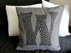 Kissenbezüge - Fingerabdruck Initiale Kissen Fingerprint Bezug - ein Designerstück von Diva-Studio bei DaWanda