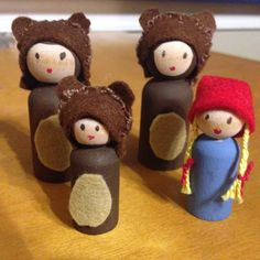 Who's been sleeping in MY bed? This peg doll set will allow your little ones to tell the story themselves. US made wooden peg people are hand painted with acrylic paints. Caps and tummy fur are wool f