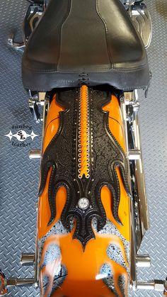 Individually designed and hand crafted custom leather motorcycle accessories, Sundog Leather custom tooled leather motorcycle fender bibs! Tooled Leather, Leather Tooling, E Biker, Motorcycle Seats, Custom Leather, Motorcycle Accessories, Bibs, Carving, Ideas