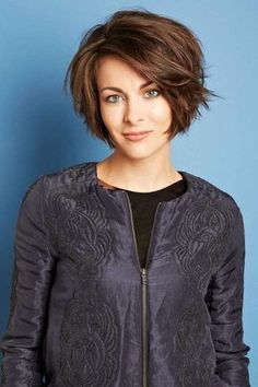 Cute A Line Bob: Short Hairstyles for Heart Shaped Face #shorthairstylescortes