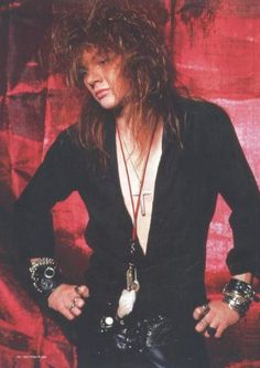 Axl Rose This makes me just .....I don't have any words.