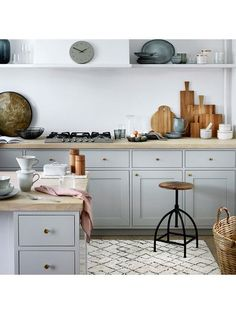 A beautiful modern kitchen with rustic touches. Nordic Sea tableware, berber style rug & industrial kitchen stool by broste Copenhagen Home Interior, Kitchen Interior, Kitchen Decor, Kitchen Design, Interior Design, Kitchen Living, New Kitchen, Kitchen Cupboards, Cabinets