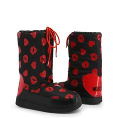 Collection:Fall/WinterGender:WomanType:BootsUpper:synthetic materialInternal lining:synthetic materialfabricSole:rubberHeel height height t Moschino, Snow Fashion, Fashion Boots, Winter Fashion, Black Snow Boots, Baskets, Fancy Shoes, Women's Shoes, Ski Boots