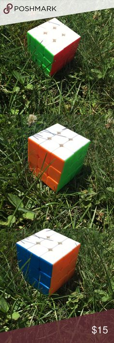 Stickerless Rubiks Cube Used for about 6 months. Loved it, just got a new one. Colors look brand new. No damage. Flexible with price Rubiks Other