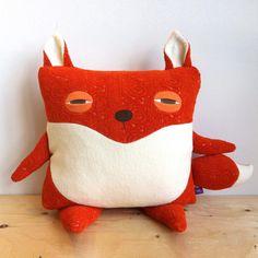 Pillow// Fox