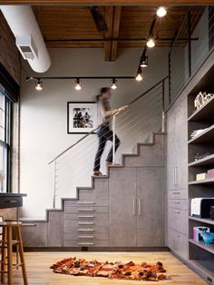 Opbergen onder de trap | 365 Woonideeën