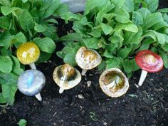 SIX MUSHROOMS/ TOADSTOOLS FOR GARDEN COLORFUL 6 IN.