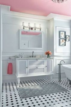 AT HOME: PASTEL PINK BATHROOM DECOR | HAMPTONS STYLE