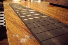 [Lutheria] Entrastado de diapasones - De Guitarras y Guitarristas - Taringa!