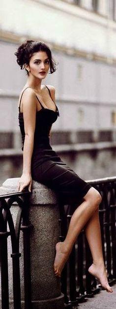 Sleeveless dark indigo color ladies mini dress inspo