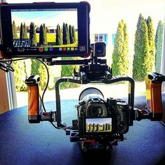 Lovely combo The Atomos Ninja Flame + Panasonic GH4Photo by @quentinhowell Tag a creative human ☺️ #camera #gear #panasonic #lumix #gh4 #videoshoot #videographer #loveyourjob #cameras #lens #tech #sweet