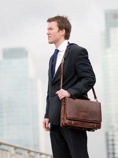Battista Mens Shoulder Bag
