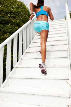 I'd run more too if I had pretty beach cottage stairs