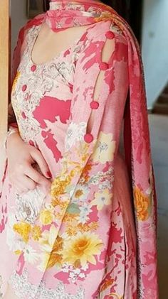 Best 12 Kurti designs for stitch – Page 133700682673498425 – SkillOfKing. Dress Designs For Girls, Neck Designs For Suits, Sleeves Designs For Dresses, Stylish Dresses For Girls, Dress Neck Designs, Stylish Dress Designs, Sleeve Designs, Blouse Designs, Churidhar Designs